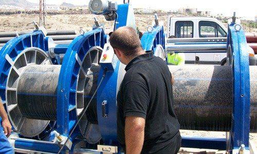 Proceso de soldadura a testa con máquina hidráulica Tecnodue 2