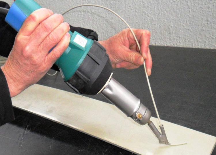 Cómo corregir roturas en termoplásticos de la automoción 12