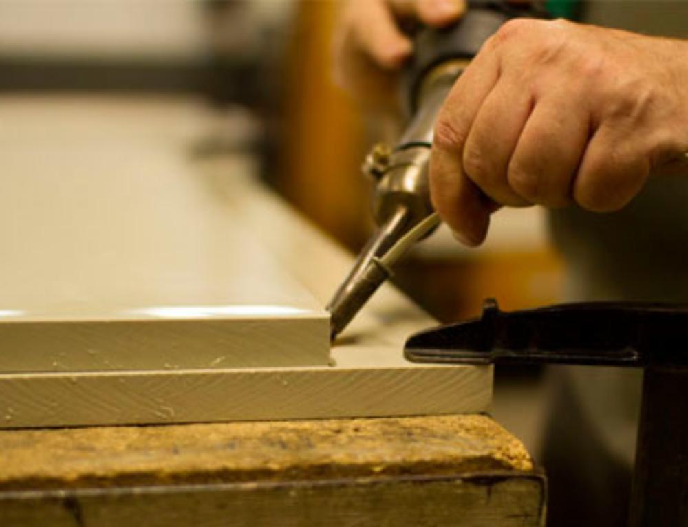 Consejos básicos para la utilización y mantenimiento de maquinas para la soldadura de plásticos
