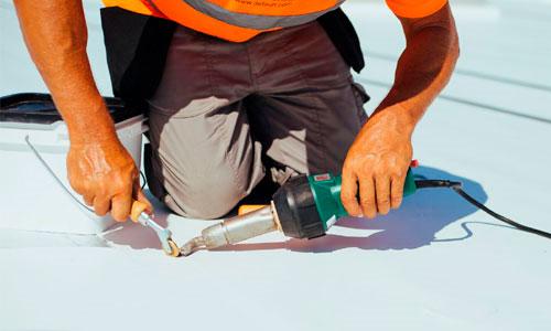 5 Pasos para reparar toldos de PVC con un soldador de aire caliente. 1