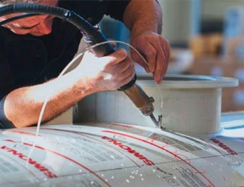 Reparación de un depósito de Polietileno con una soldadora manual de aire caliente