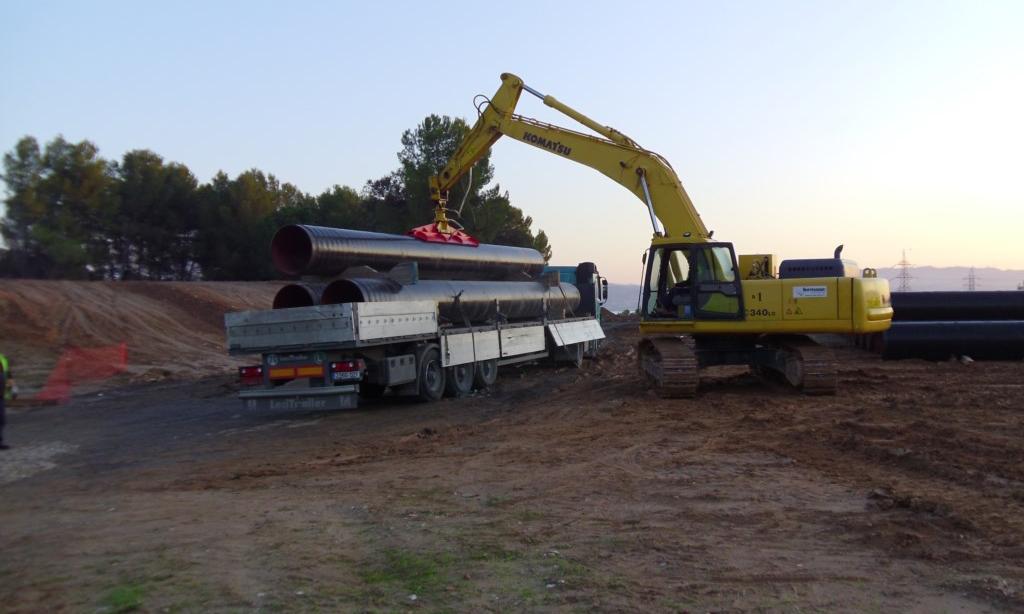 Instalación de tuberías para abastecimiento, riego y saneamiento: Transporte, recepción, descarga  y almacenaje de tubos 6