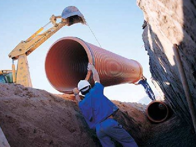Instalación de tuberías para abastecimiento, riego y saneamiento: Construcción de la zanja 1