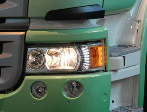 Reparaciones en automoción de plásticos con un soldador de aire caliente