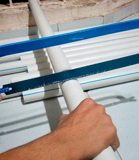 Cómo cortar tubería de PVC 2